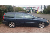 Stunning Volvo V70 D5 SE!!FULLY LOADED with FULL SERVICE HISTORY!!