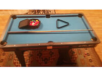 Riley 5ft folding pool table