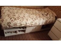 Single Bed Cabin Bed Sleeper with Single Mattress