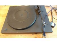 Project debut turntable.