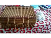 1950s picknick basket cellectable