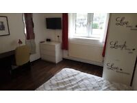3 Spacious room in ZONE 1 near Shoreditch and Brick Lane
