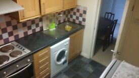 2 BED FLAT NEXT TO BRADFORD ROYAL INFIRMARY BD9