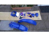 Kawaski kmx 125 full set of plastics