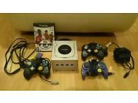 Nintendo Gamecube Silver Edition - Includes 3 Controllers & Fifa 2005