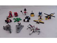 LEGO - Quick Build Mini Kits, Bag of 13 x Assorted Models with Various Themes