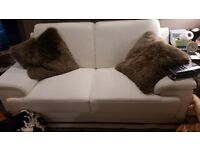 3pc White Leather Suite 3+2+1 1week old, Stunning Italian top grain leather
