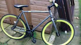 Racing road bike fixed wheel
