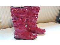 Fab girls boots from Lelli Kelly - size 2 - 35