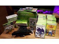 Xbox 360 white console, 120gb hd, 2 white controllers, Kinect Sensor + 44 games