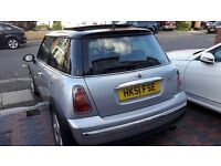 Mini Cooper Automatic 2001- M.O.T Expires 13.08.18- Panoramic Roof-Leather Seat- AC- Radio/ CD