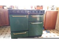 Belling Farmhouse 900G Range Electric cooker. 990L x 900H Everything in good working order. Green.