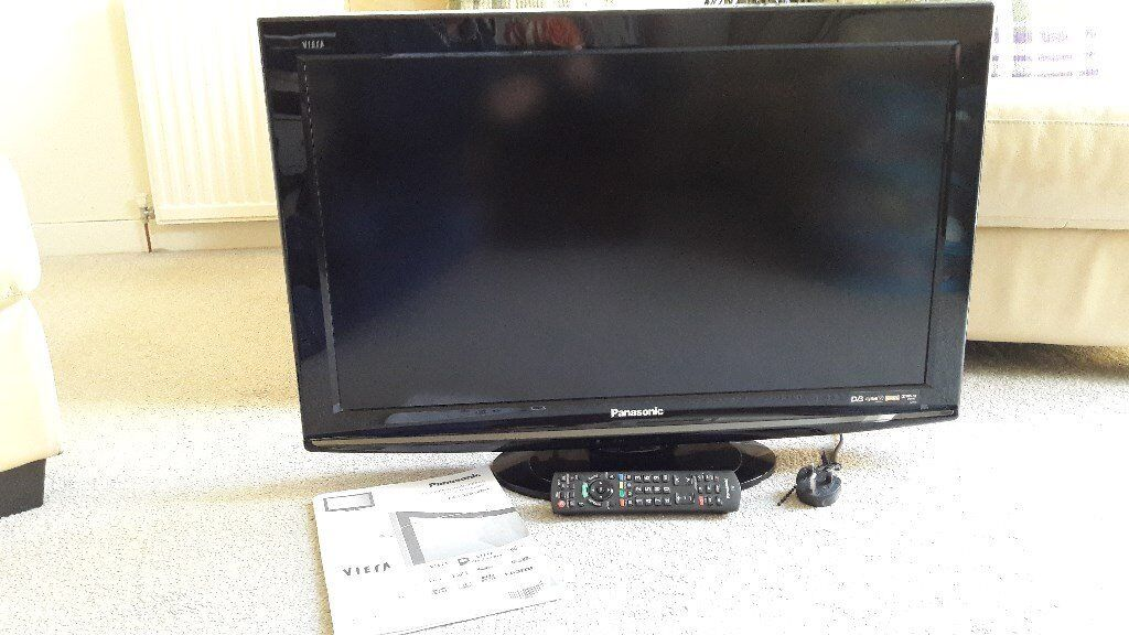 32 in. Panasonic LCD Full HD (1080) TV - Excellent Picture Quality