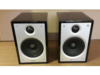 Acoustic Energy Compact-1 pair of Bookshelf Speakers in High Gloss Piano Black