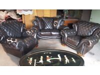 CHESTERFIELD / PENDRAGON LEATHER SUITE 2+1+1 , FREE DELIVERY