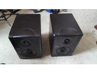 Pair of Mackie MR5 MkI Studio Monitors