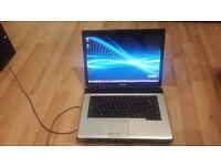 toshiba core 2 duo 2.0 3gb ram 160gb hardrive built in webcam dvd writer wifi windows 7