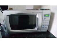 Cookworks em717 Standard Microwave Silver