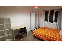 excellent en-suite room in spacious house