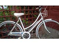 Raleigh Caprice, ladies bicycle, loop frame Vintage 1980s
