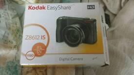 Digital camera 8.1 mp