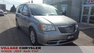 2014 Chrysler Town & Country Touring Pwr/Sliding Doors/Liftgate,