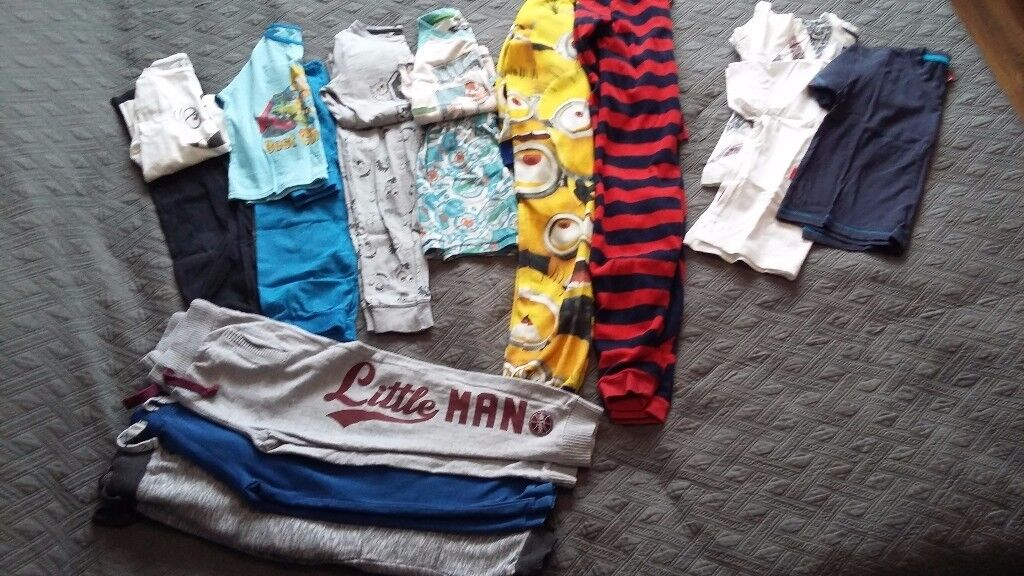Bundle of boys clothes, size 4-6 years