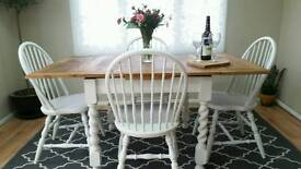 Stunning vintage extending dining table and 4 vintage chairs