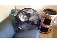 FAN. Nice big floor fan hardly used. Black. £20 no offers (was £40 new)