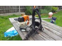Stihl kombi 130t with 3 attachments