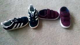2 pairs of size 7 toddler trainers