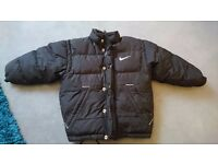 Small boys Nike coat ideal for the winter. Very warm