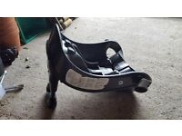 Graco car seat with plastic base in very good condition