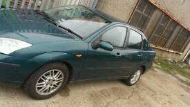 Ford focus 2002 saloon 1.6 16v breaking