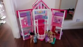 Barbie Doll's House with Dolls.