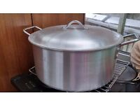 Large Aluminum Pot
