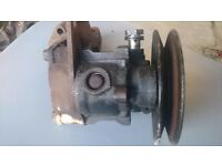 Ford sierra cosworth power steering pump with bracket complete hard to get comes as in pic,