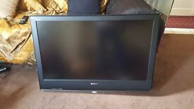 Sony KDL 40s2530 TV great condition with remote and manuals