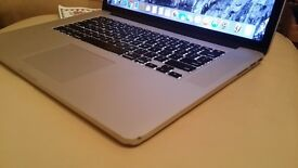 "Apple Macbook Pro 2013 a1398 2.4Ghz i7 intel 8gb 256gb ssd 15"" Retina (with Graphic card problem)"