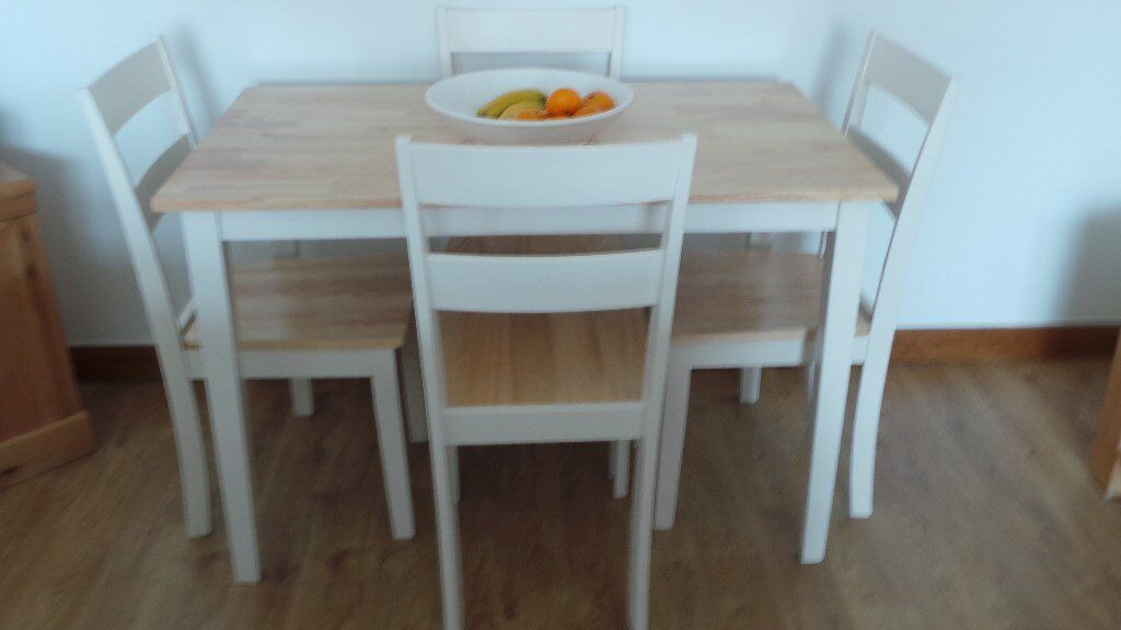 kitchen table and 4 chairs in blackburn west lothian