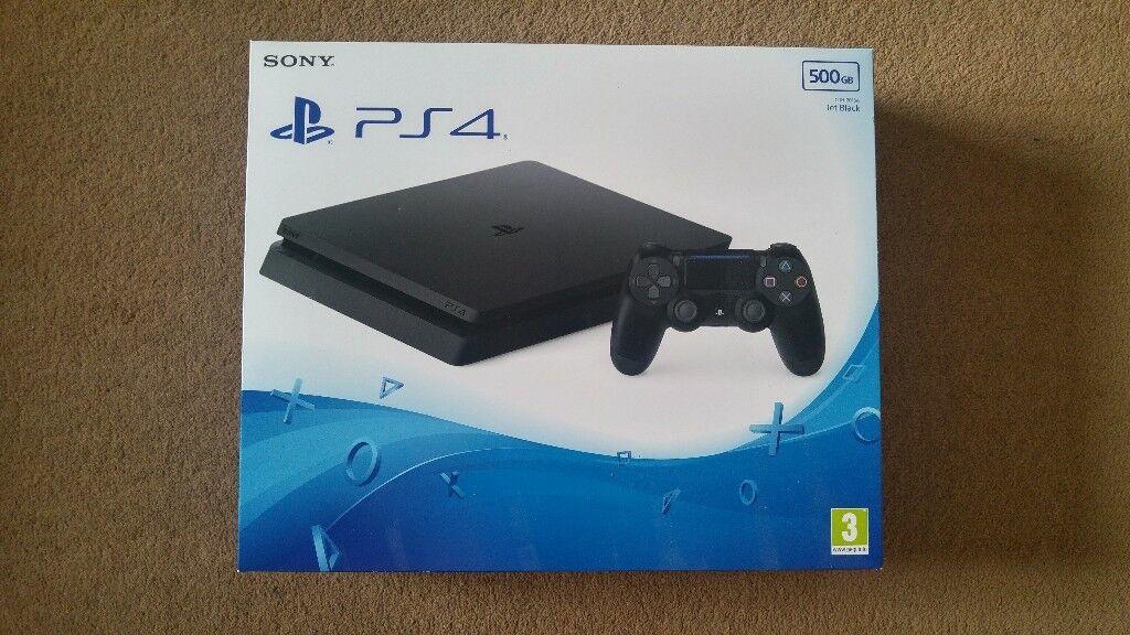 Playstation 4 console Slim 500GB As New