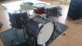 Drummer seeks stompin' rhythm and blues band