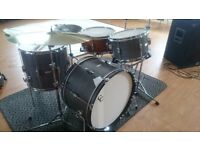 Drummer seeks stompin' rhythm and blues band