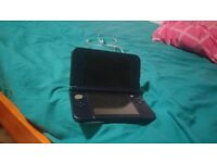 New Nintendo 3ds XL Blue Barely Used