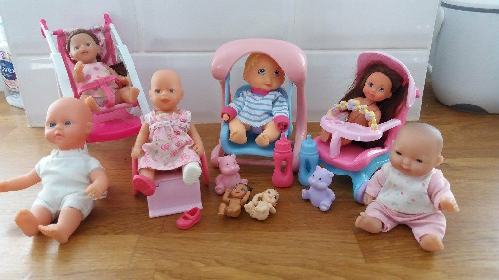 Mini baby dolls with accessories. Includes mini baby born & ELC. Lovely condition | in Baldock