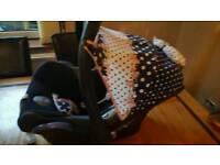 Gorgeous baby maxi cosi car seat/unisex hood also