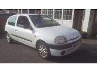LOOK RENAULT CLIO 1.2 PETROL WHITE CHEAP CAR PUNTO 206