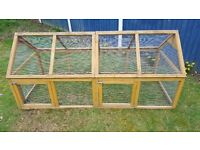 WOODEN GOOD CONDITION CHICKEN RUN - H-83 W-84 L-191CM - LOCAL DELIVERY AVAILABLE (FLAT PACKED)