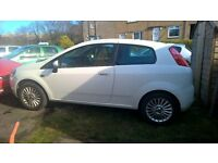 Fiat Grande Punto GP 8v 1368cc 09 3 door hatchback white