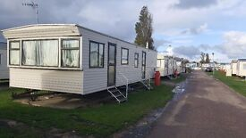 Private sale. URGENTLY. STATIC CARAVAN. 3 bed. Great Yarmouth. Norfolk.